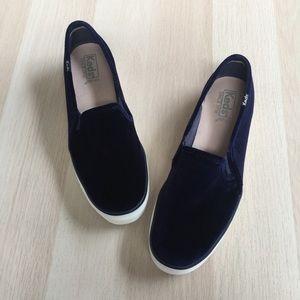KEDS Platform Velvet Slips-on Sneakers Sz 8.5